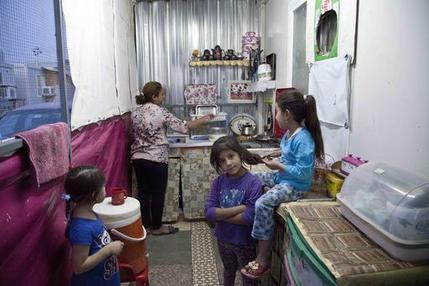 Mideast Iraq Christians Displaced