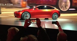 CORRECTION APTOPIX Tesla Lower Priced Car