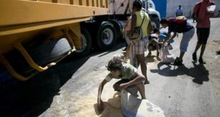 APTOPIX Venezuela Undone Profiting From Hunger