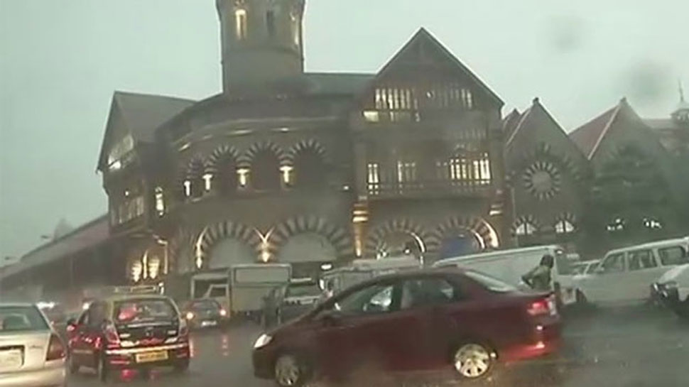 Cyclone Ockhi: High tide warning in Mumbai, schools told to stay shut