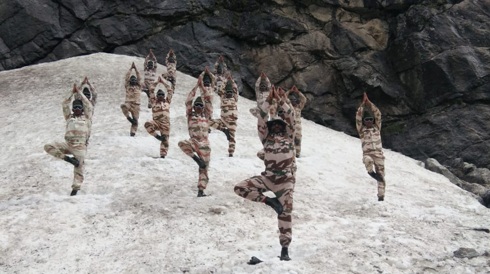4th International Yoga Day: Indian Armed Forces show the way in challenging terrains