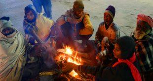 DELHI, PARTS OF NORTH INDIA REEL UNDER SEVERE COLD, TEMPERATURE DIPS FURTHER; SCHOOLS SHUT
