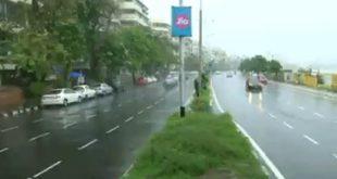 Heavy rain lashes parts of Mumbai for second day