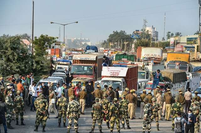 FARMERS ALLOWED TO ENTER DELHI, TO BE ESCORTED TO PROTEST SITE: 10 POINTS